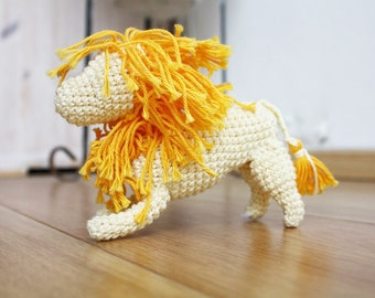 Crochet amigurumi lion, Yellow Lion, knotted proud wild animal, Montessori toys, knitted toy, lion totem, african animals, lion baby shower