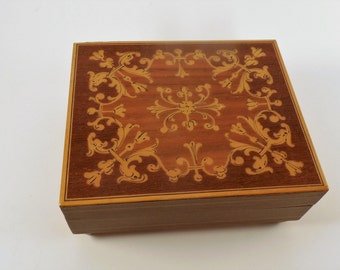 "Vintage Reuge Walnut Wood Inlay Music Box ""Lara's Theme from Doctor Zhivago"" made in Switzerland"
