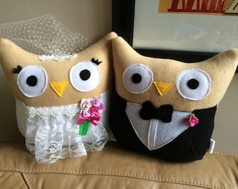 Bride and Groom Owl Plushies- Owl Bride and Groom Plushies- Wedding gift owls- set of two
