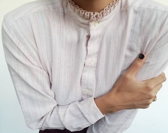 Ruffle collar pink and white stripes