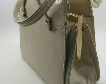 Cream vintage purse