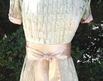 Original Edwardian Young Ladies Graduation Gown/Party Dress Ecru Lace/Pink Trim& Slip Size: 3 Item # 180 Gowns