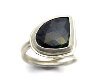 Rose Cut Blue Green Sapphire Ring Sterling Silver Faceted Gemstone Jewel Statement Ring Double Band Sapphire Jewel Ring September Birthstone