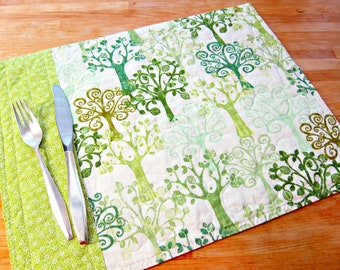Quilted Placemats, Tree Placemats, Tree Decor, Fabric Placemats, Green and White Placemats, Nature Decor, Trees, Spring Placemats, Spring