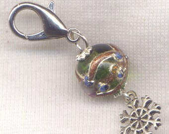 Christmas Tree Ornament Stitch Marker Clip Lampwork Bauble Xmas Bling Single /SM247C