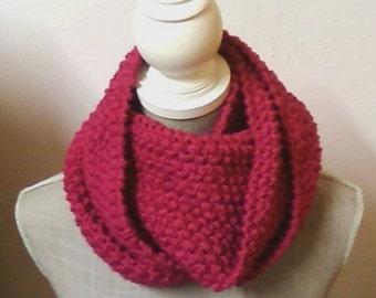 Circular stitch scarf