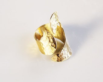 Wide Hammered Brass Ring ,wide band  ring,thumb ring, modern,elegant,cool ring