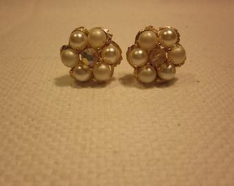 Lovely vintage pearl and rhinestone flower clip on earrings