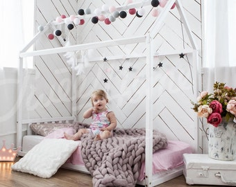 Toddler bed FULL/ QUEEN Bunk bed tent Playhouse bed Waldorf furniture House bed frame Kids bed teepee hausbett Playhouse bed montessori toys