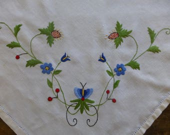 Vintage Linen Tablecloth with Hand Embroidered Flowers  97x98cm