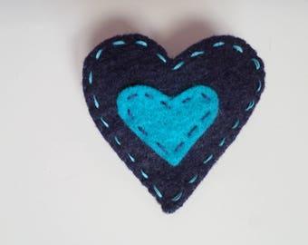 """Carioca"" Collection heart felt brooch"