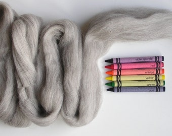 CORRIEDALE WOOL ROVING / Light Undyed Natural 1 ounce / corriedale roving for needle felting, wet felting, yarn spinning, animal fur, dreads