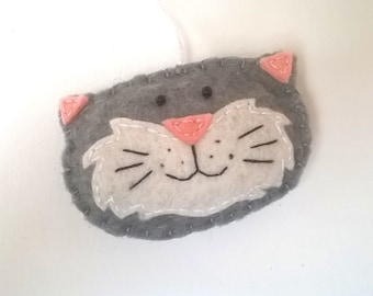 Smiling cat head ornament - handmande felt decoration nursery decor kids room accessories Christmas Housewarming Baby shower gift idea