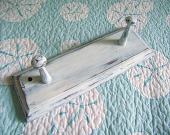 Vintage Handpainted Shabby Chic Wall Hanger  Distressed White Shabby Wall Peg