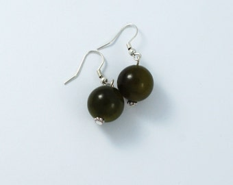 Green earrings in jade, jade earrings, green jade earrings, dangle earrings, bead earrings - sold in pair