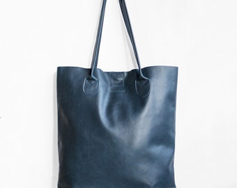 The Essential Tote in Denim Blue / Nappa Leather Tote Bag  / Dark Blue Tote Bag  / Large Tote Bag / Women's Handbag / Blue Tote