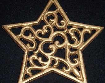 Vintage 3 Footed Gold Cast Iron Gold Scrolled STAR Pot Trivet