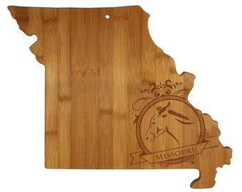 Personalized Missouri Cutting Board - Missouri Shaped Bamboo Cutting Board Custom Engraved - Wedding Gift, Couples Gift, Housewarming Gift