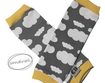 """Stulpen """"Wolken"""" für Tragekinder / legwarmer grau gelb senf Baby Neugeborene"""