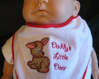 Machine Embroidered Dribble Bib - Daddy's Little Deer. Babies name can be embroiderded at the top of the bib.