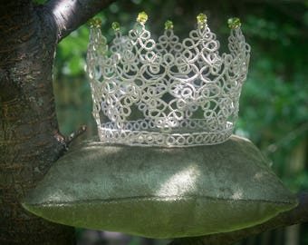 Tatted beaded crown, princess, photo prop, dress up