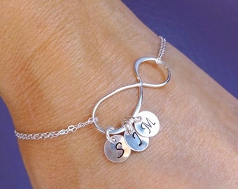 Personalized Infinity bracelet, Sister gifts, Best friends, Bridesmaids gift, Infinity initial bracelet, Wedding, Bridal, Otis B