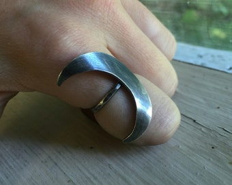 Silver Crescent Moon Ring - Moon Phase - Silver Ring - Moon Jewelry - Silver Hippie Rings