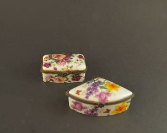 Vintage Porcelain Pill Boxes, Set of 2 Painted Travel Pill Boxes with Colorful Flowers, Small Porcelain Container with Hinged Brass Closing