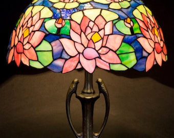 Stained Glass Art, Stained Glass Table Lamp, Stained Glass Shade, Table lamp, Desk Lamp, Bedside Lamp, Nightstand Lamp, Standing Lamp, Decor