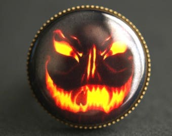 Evil Pumpkin Ring. Halloween Ring. Jack o Lantern Ring. Graphic Button Ring. Adjustable Ring. Bronze Ring. Halloween Jewelry. Handmade Ring.