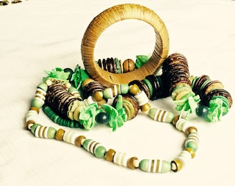 Cool Kitsch 70's-80's Wood Bead and Shell Tiki Beach Tropical Island Necklaces and Bangle Lot Green/Brown