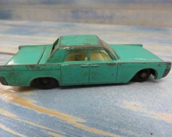 Vintage Lesney Die Cast Lincoln Continental Matchbox Series No.31