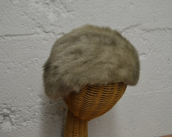 Silver Mink Fur Hat with Twill Lining - Vintage Fur Accessories