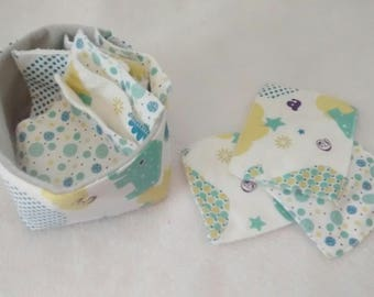 pouch and cleansing bamboo cotton (set of 10) or baby wipes