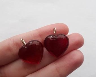2x red glass heart charms