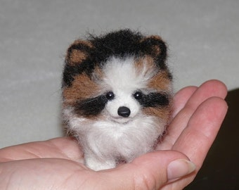 Needle Felted Dog / Custom Pet Portrait / Your pet in Miniature / example Pomeranian Teddy /Toy style