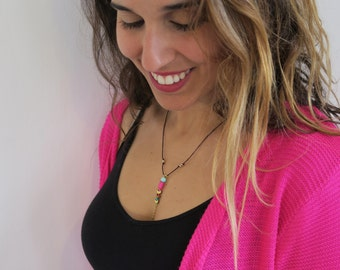 Boho necklace, tribal arrow necklace, Healing stone, Hematite stone arrow necklace, beaded necklace.