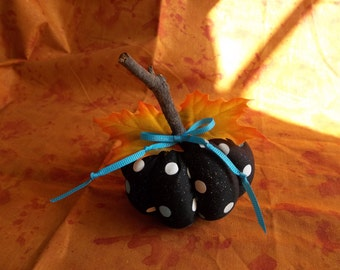 Handmade Pumpkin, Rustic Pumpkin, Primitive Pumpkin, Halloween Decoration, Thanksgiving Decoration, Pin Cushion, Sewing, Home Decoration
