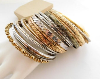 Vintage Set 28 Mixed Metal Silver Gold Tone Layering Bangle Bracelet Lot Set P2