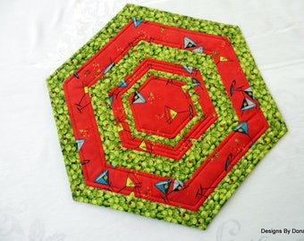 Quilted Reversible Octagon Table Topper, Candle Mat, Martini's on Red & Olives, Mixed Drinks, 1 of a Kind, Handmade Table Linens