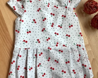 Newborn - White and Red Cherry Dress in 100% Cotton | Vintage Girls Dress | Coming Home Outfit | Lined Bodice | NB