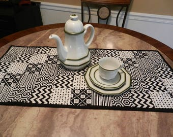 table topper, table runner, quilted, black and white, free domestic shipping