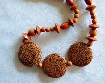 Bijoux Tribal unique Long collier Vintage Boho Chic bijoux Chunky bijoux faits main bijoux en bois colliers uniques cadeaux pour son anniversaire