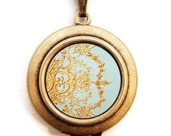 Folie - Paris Versailles Photo Locket Necklace