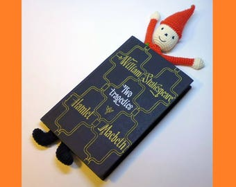 Christmas bookmark, crochet bookmark, book accessories, crocheted bookmark, little bell in the cap, bookmark with bell, Christmas souvenirs