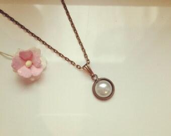Necklace White Pearl, vintage, romantic, dreamy