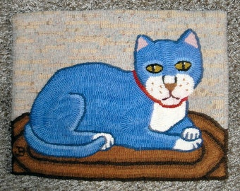 Willow- Cat Primitive Hooked Mat, Small Rug