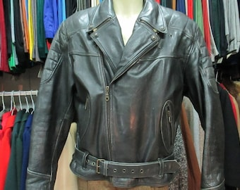 Chiodo vera pelle anni 80.Tg XL/Super 80s studded leather jacket/Two pockets/Burgundy lining/Bikers genuine leather jacket/Size XL