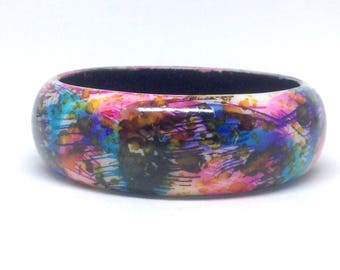 Vintage Estate Colorful Tie Dye Unique  Bangle Bracelet