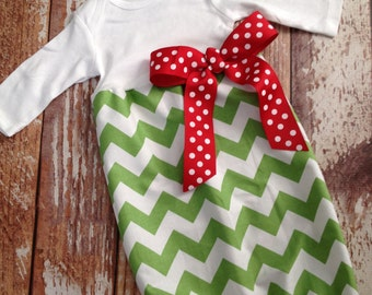 Christmas Newborn Layette, Infant Gown, Baby Gown - Girl - Green Chevron - Christmas - Holiday